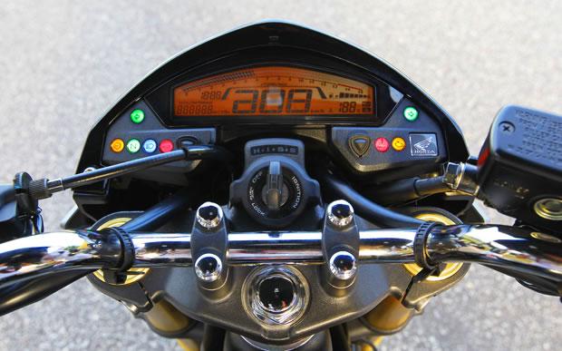 Nova Honda Hornet 2012 Naked 600cc Da Honda Teve Pre 231 O Reduzido No Brasil Motorede