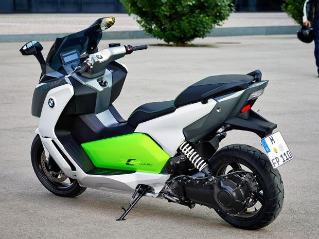e95747bd2b7 BMW oficializa a produção em linha de scooter elétrico C Evolution ...
