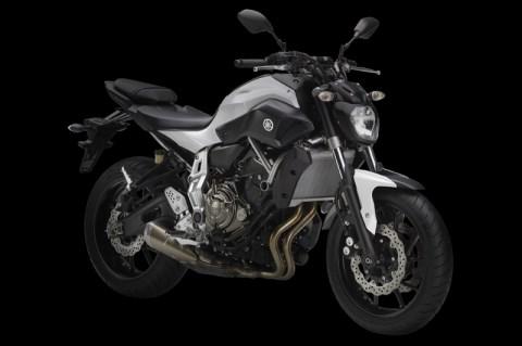 Nova naked Yamaha MT-07 2014