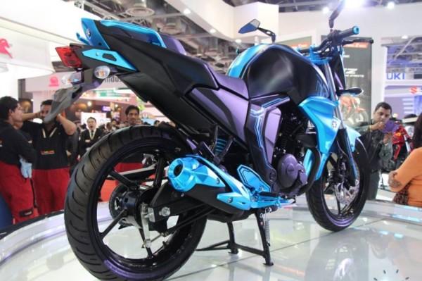 Nova Yamaha FZS 2015 150cc 05