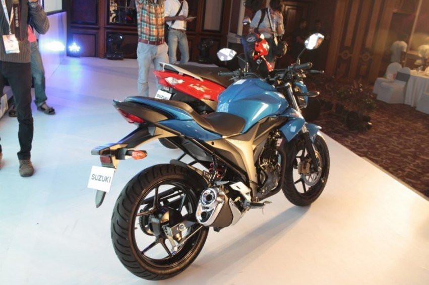 Suzuki revela preco da Gixxer 155 2014