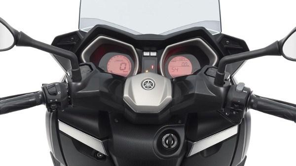 Novo scooter Yamaha XMax 250 chega ao Brasil