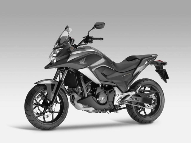 honda nc 750x 2015 motorede. Black Bedroom Furniture Sets. Home Design Ideas