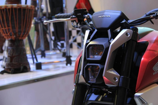 Honda SFA FAROL