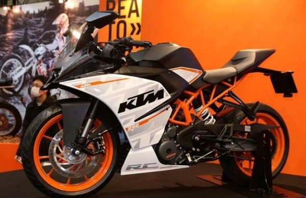 Nova KTM Duke 250 e RC 250 2015