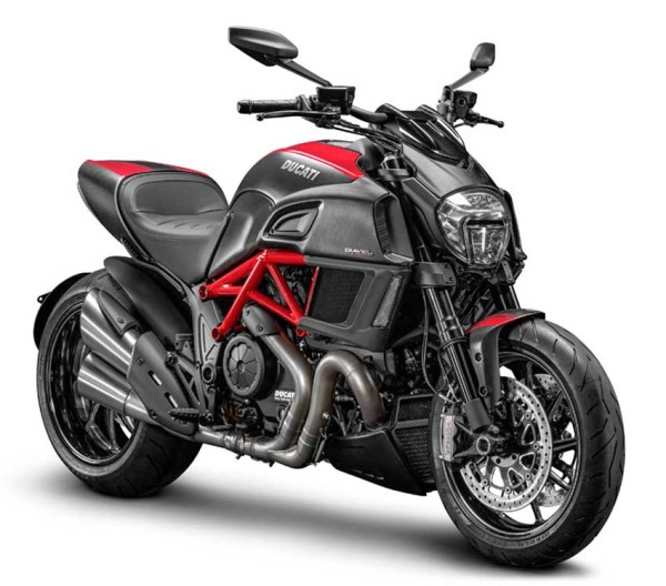 Ducati-lanca-Diavel-2015-2
