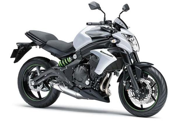 Kawasaki-ER-6N-2