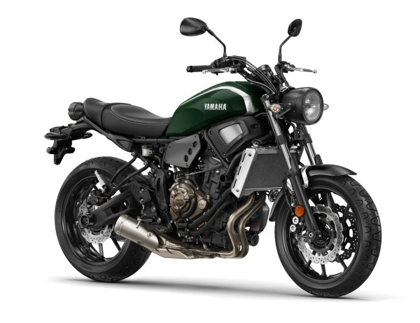 2016-Yamaha-XSR700-EU-Forest-Green-Studio-001