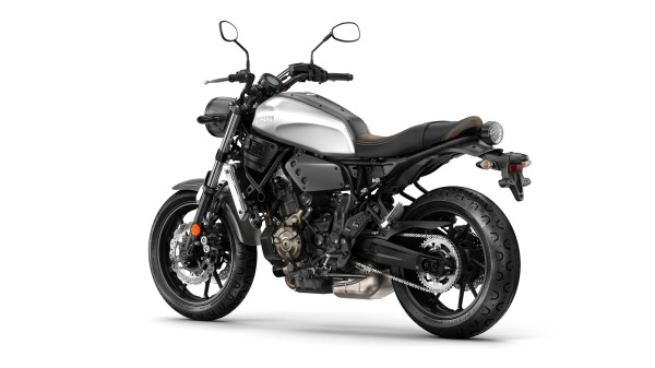 2016-Yamaha-XSR700-EU-Garage-Metal-Studio-005