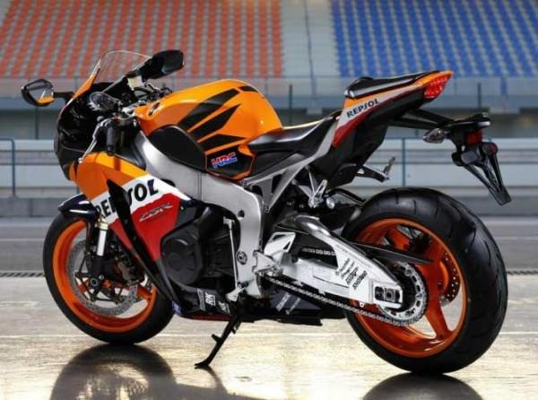 nova-moto-CBR1000RR-honda-4