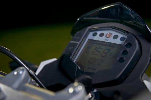nova-moto-ktm-duke-200-11