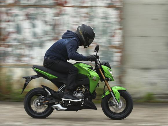 moto-kawasaki-125cc-foto-1