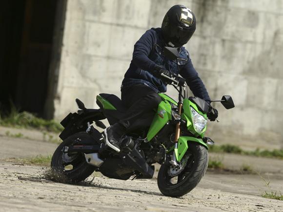 moto-kawasaki-125cc-foto