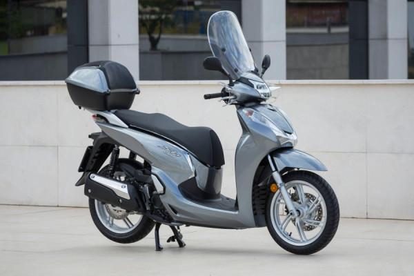 Honda SH 300i – Scooter pode chegar custando R$24 mil! 9