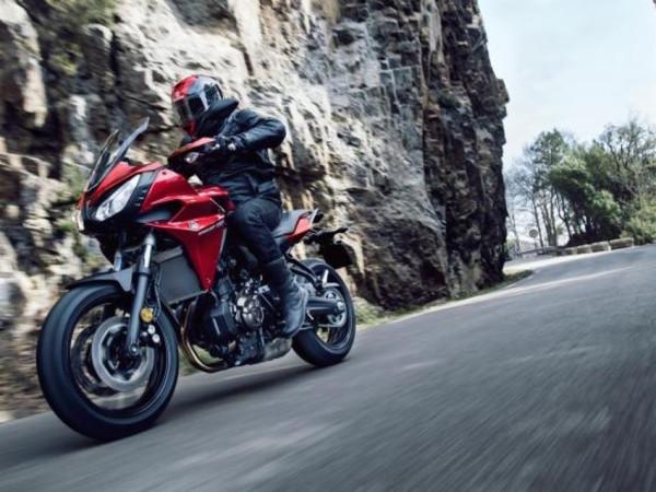 Yamaha Tracer 700 anunciada! 8