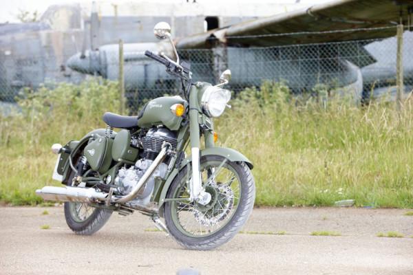 Royal Enfield Thunderbird e Classic renovadas! 6
