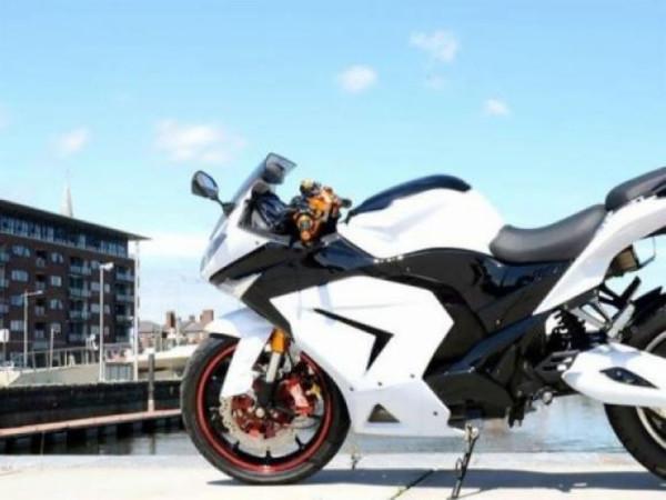 Volt 220 é moto esportiva el étrica e eficiente 1