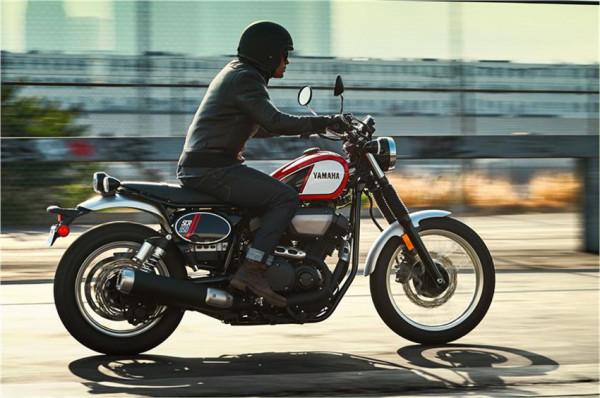 Yamaha SCR950 é custom com pegada scrambler 1