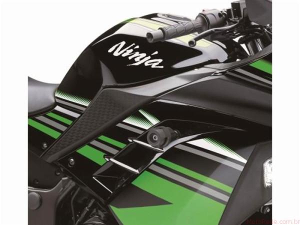 Nova Kawasaki Ninja 300 2017 chega ao Brasil 5