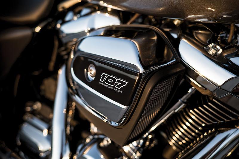 harley davidson milwaukee eight 2 motorede. Black Bedroom Furniture Sets. Home Design Ideas
