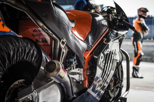 ktm-rc16-motogp-8-lancamentos-2017