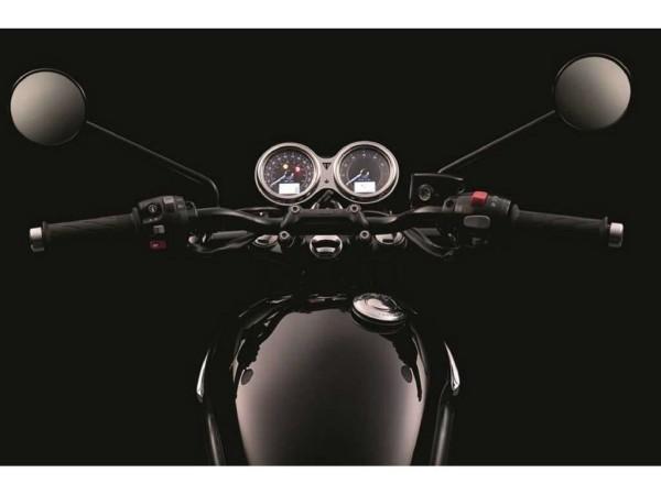 triumph-bonneville-t120-black-9