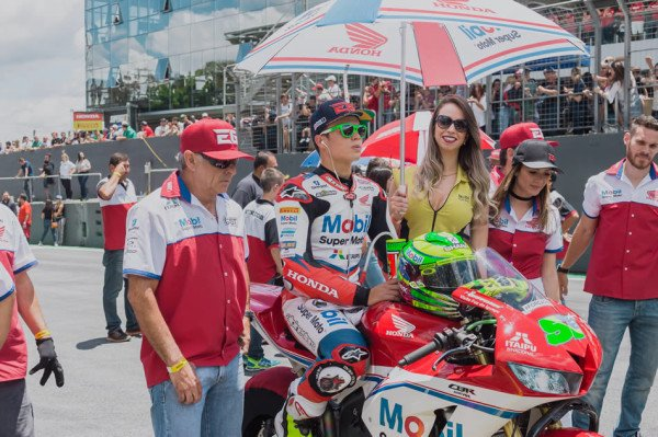 Video Honda CBR 600RR Eric Granado SuperBike Brasil
