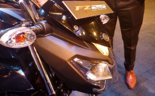 nova Yamaha Fazer 250 3