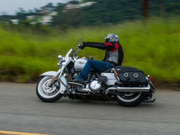 Harley-Davidson Road King 2017 2