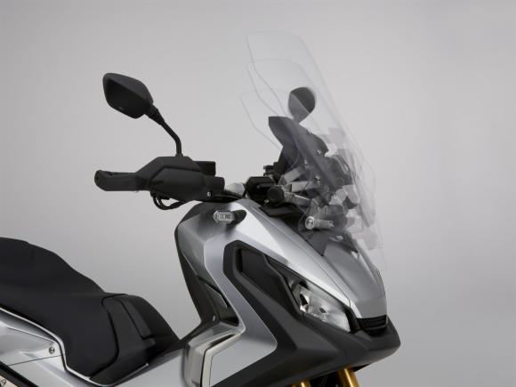 Honda X-ADV 8