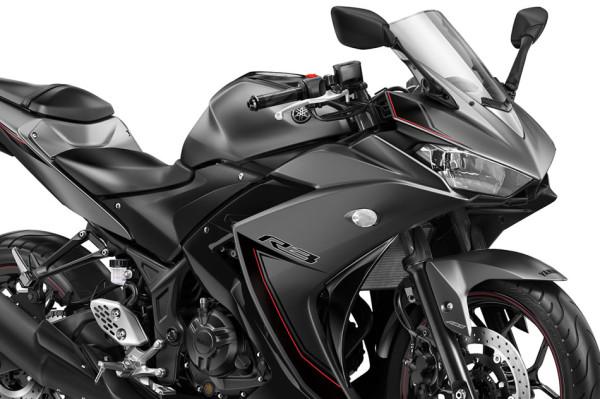 Nova Yamaha R3 2017 05 farol