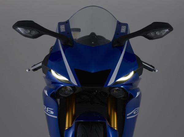 Nova Yamaha YZF-R6 2