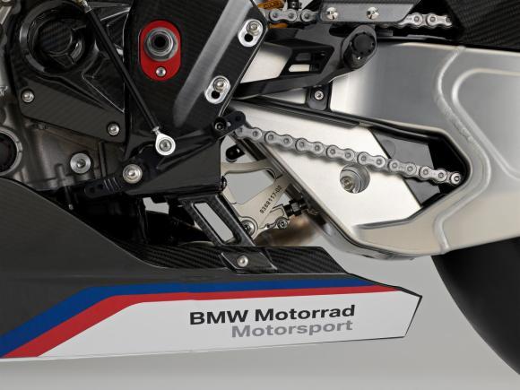 BMW HP4 Race 13