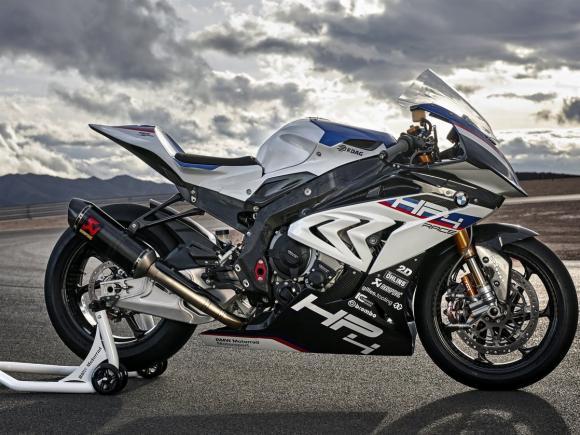 BMW HP4 Race 14
