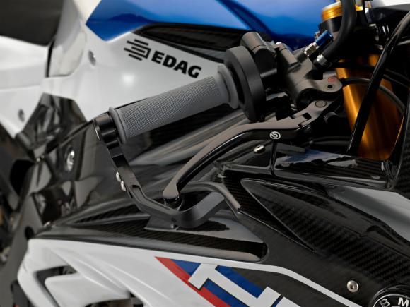 BMW HP4 Race 8