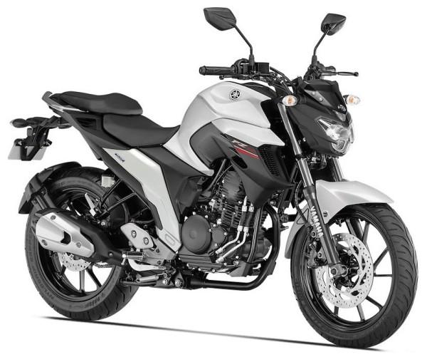 Yamaha FZ25 2017 Video Oficial 02