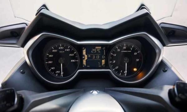 Yamaha X-Max 400 2018 Painel