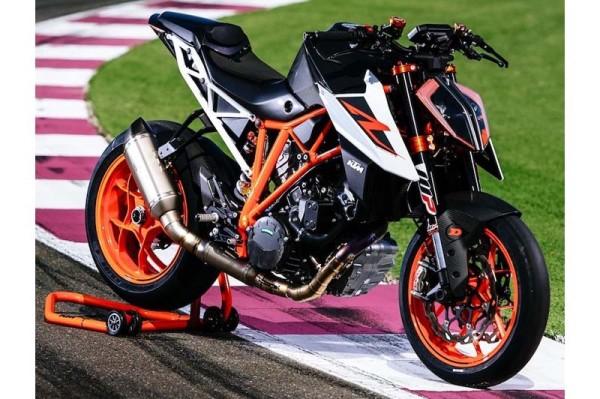KTM Super Duke R 2017 2