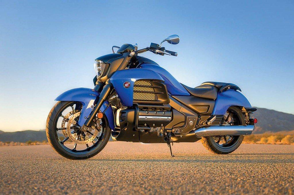 Honda Valkyrie motor Gold Wing 2014