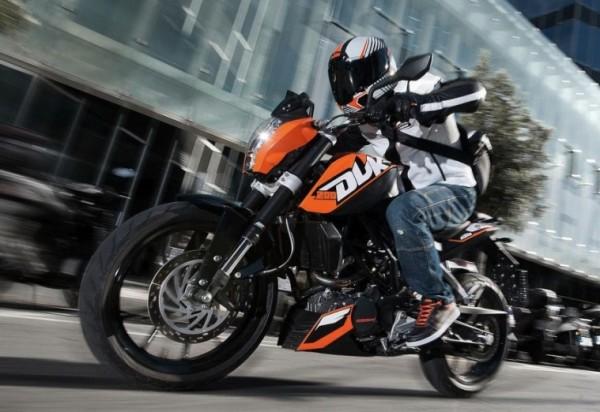 KTM e DAFRA 01 Duke 200