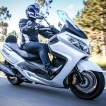 Linha 2014 de scooters DAFRA 07 MaxSym 400i