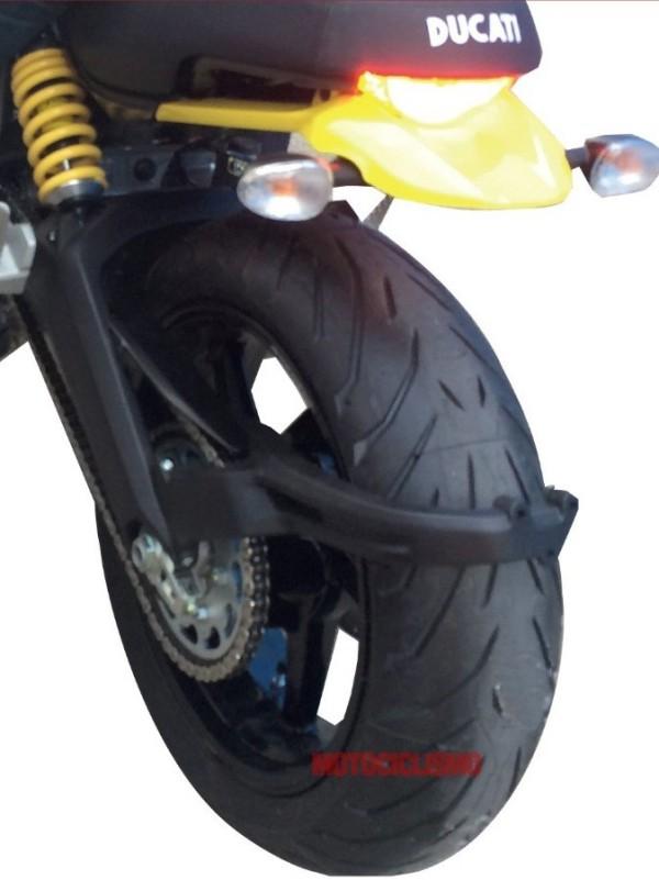 Flagrada fotos da nova Ducati Scrambler 2015