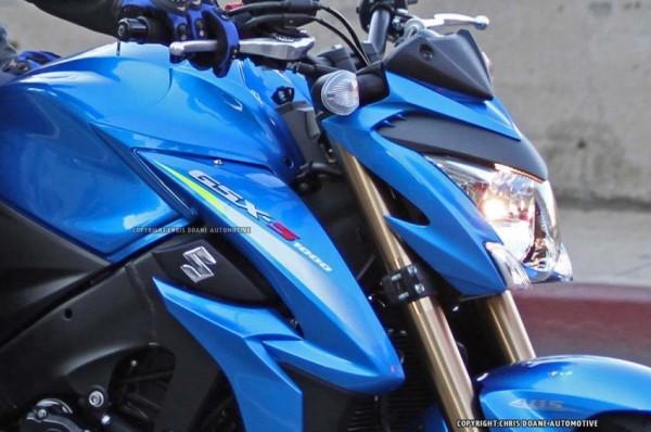 Super naked Suzuki GSX S1000 2015 novas fotos