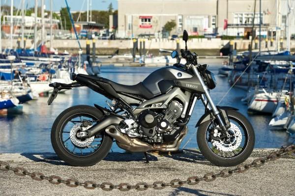Nova naked Yamaha MT-09 FZ-09 Brasil