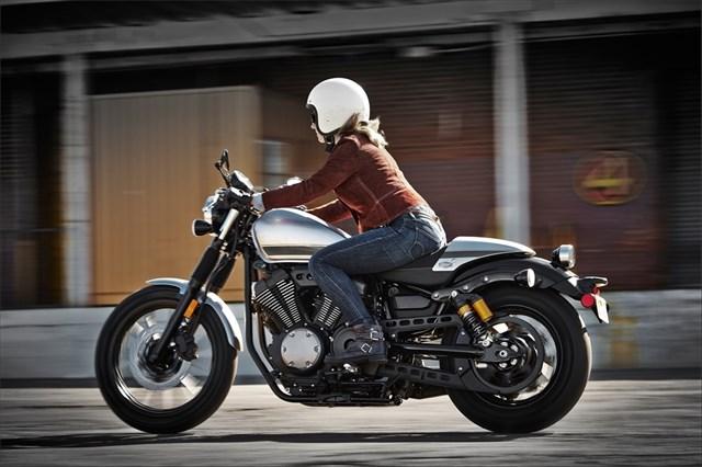 Yamaha Star Bolt C Spec 2015 02 Motorede