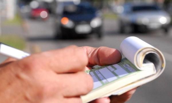 Aumento na multa de trânsito também vale para motos