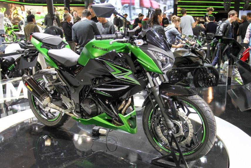 Nova Kawasaki Z300 2015 02 Motorede