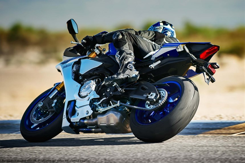 Nova Yamaha YZF R1 2015 lancamento 06   Motorede