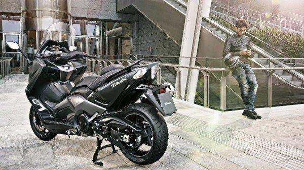 Yamaha TMax Iron Max2015