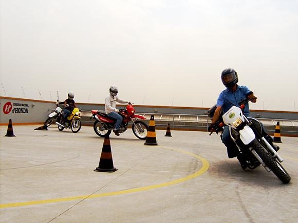 Dicas de Pilotagem Defensiva para motociclistas